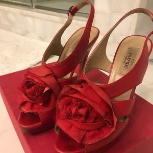 Valentino platform slingbacks with rose. 36.5